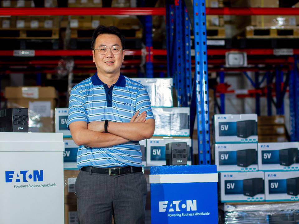 บริษัท อีตั้น อิเล็คทริค (ประเทศไทย) จำกัด (EATON) นำโดยนายปริญญา พงษ์รัตนกูล ผู้จัดการประจำประเทศไทย